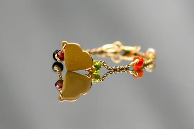 Bracelet with precious stones & heart