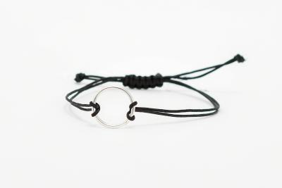 Bracelet with circle